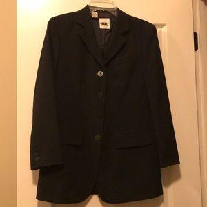 DKNY Women's black blazer in size 4.